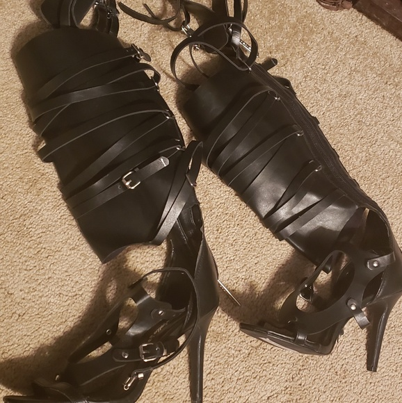 Breckelles Shoes - Strappy boots